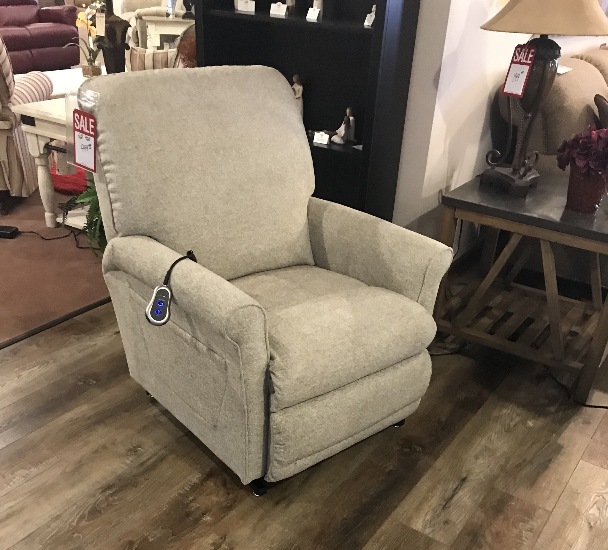 La-Z-Boy Lift chair